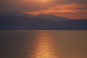 Gouden uur over het meer van Ohrid in Macedonië 2