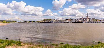 Nijmegen vanaf i-Lent sur Henk Verheyen