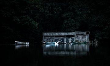 Boote auf dem See von Kashja Neels
