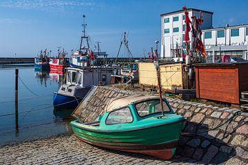 Fischerboote im Hafen von Sassnitz auf der Insel Rügen von Rico Ködder