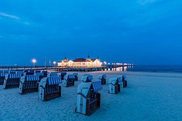 Historische pier in Ahlbeck op het eiland Usedom van Werner Dieterich