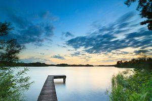 Midzomernacht bij het meer van