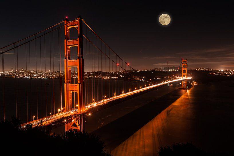 Mond über San Francisco von Wim Slootweg