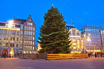 Weihnachten auf dem Dam-Platz in Amsterdam bei Sonnenuntergang von Nisangha Masselink