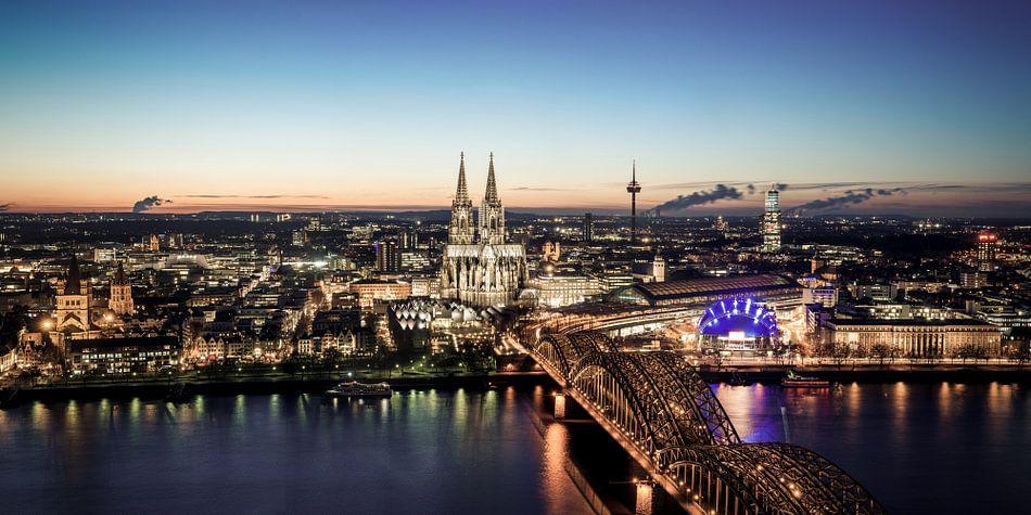 Köln Skyline van davis davis