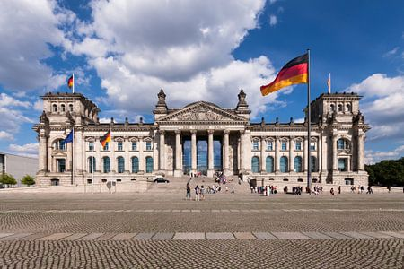 Das Reichstagsgebäude in Berlin von Frenk Volt