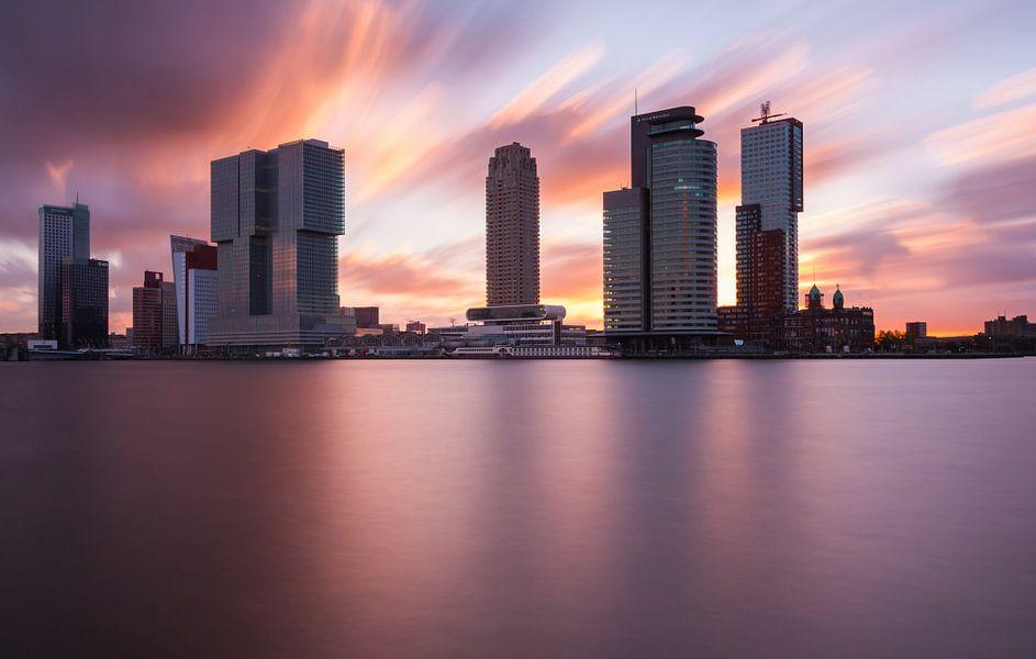 explosive sunrise at rotterdam skyline