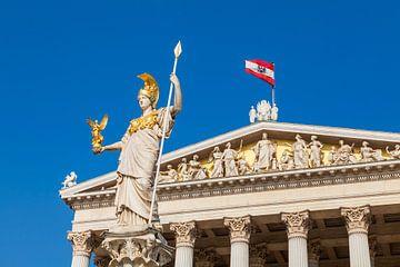 La déesse Pallas Athena devant le Parlement à Vienne sur Werner Dieterich
