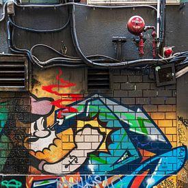 Mur industriel avec graffitis sur Anouschka Hendriks