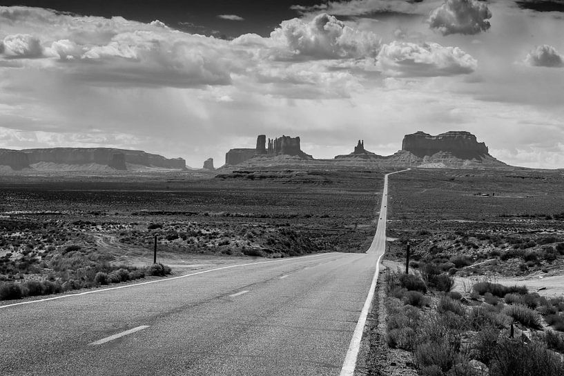 Monument Valley I van Frank Hoogeboom