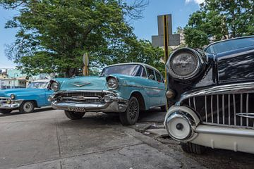 Cubaanse oldtimers in Havana downtown sur Celina Dorrestein