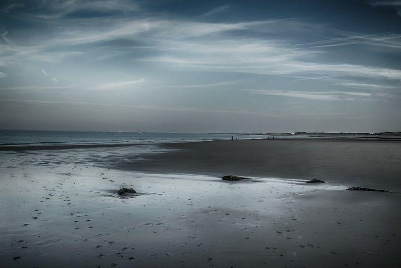 Strand Zeeland na zonsondergang van Bianca Boogerd