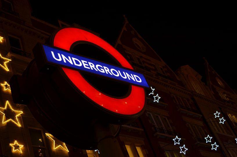 London Underground van Nikki Terluin