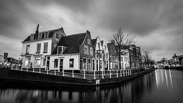 Korte Spaarne in Haarlem sur Arjen Schippers