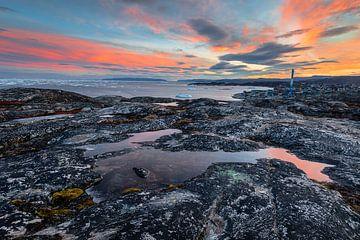 Rotsformaties bij zonsopkomst in Groenland van Martijn Smeets