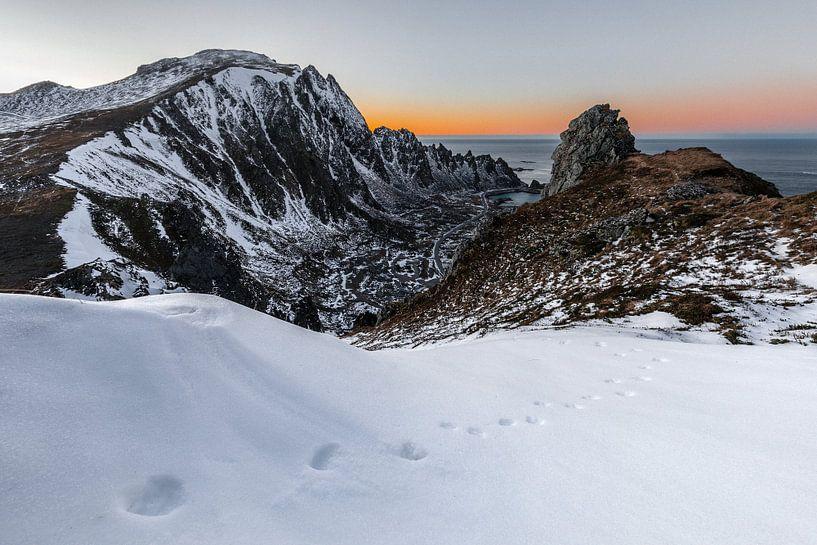 Zonsondergang boven Bleik - Andoya, Vesteralen, Noorwegen van Martijn Smeets