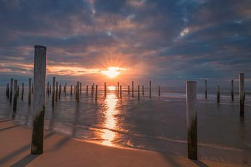 Sonnenuntergang bei Palendorp in Petten, Nordholland von Henk Meijer Photography