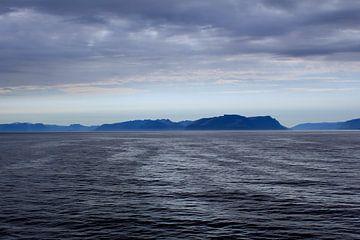 Noors  landschap grijs blauw sur