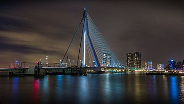 Le Cygne - Pont Erasmus sur Mart Houtman