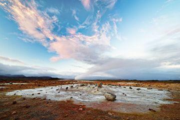 IJsland - Vulkaanlandschap - Geothermisch gebied met stoomuitstoot