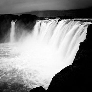 Godafoss - Iceland van