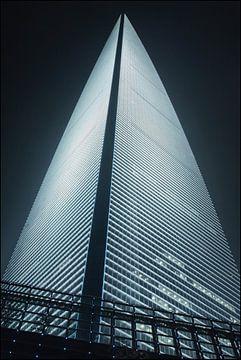 World Financial Cente Wolkenkratzer in Pudong District Shanghai 5 von Tony Vingerhoets