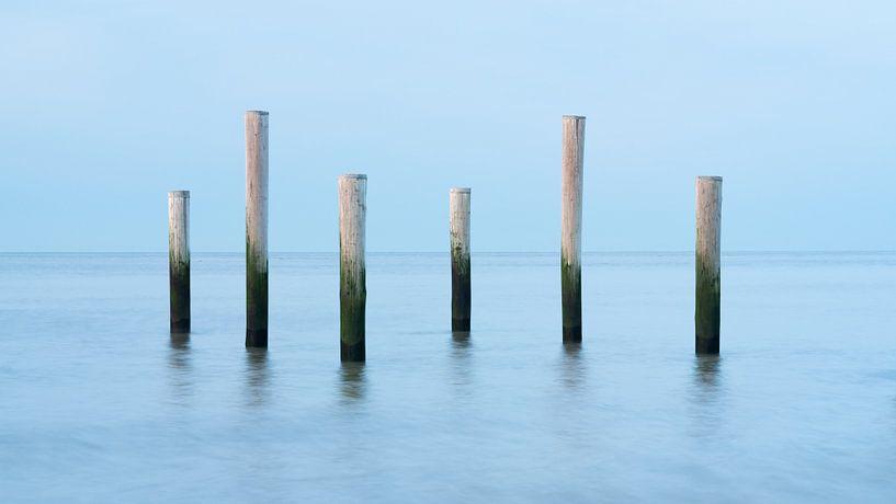 Posten in der Nordsee von Simon Bregman