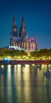 La cathédrale de Cologne en soirée