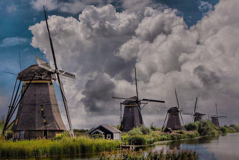 Thema, Mühlen, Kinderdijk, Niederlande von Maarten Kost