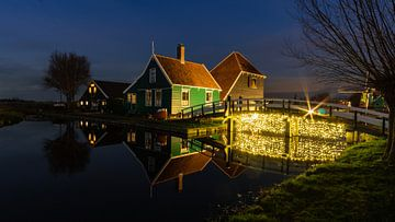 Zaanse Schans bei Nacht von Arno van der Poel