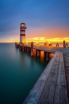 Leuchtturm am Neusiedler See von Silvio Schoisswohl