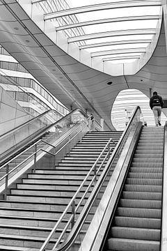 Arnhem architectuur - Trappen trein station Arnhem architect Ben van Berkel van Marianne van der Zee
