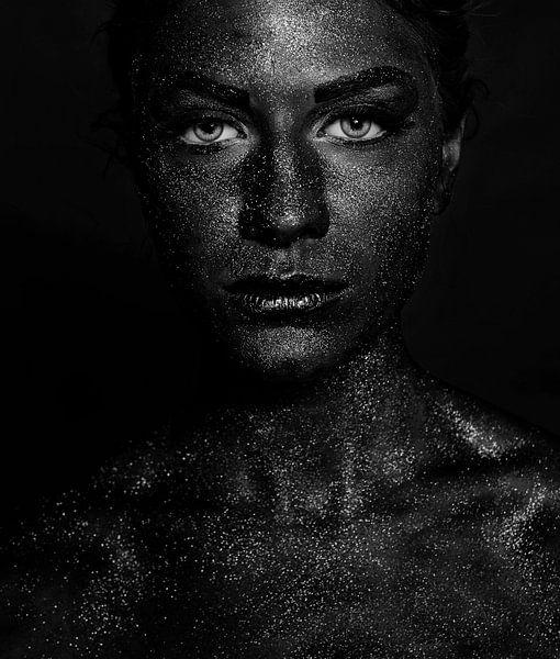 Zwart gezicht, Sajedah Al-Asfoor van 1x