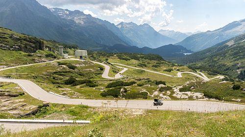 Toeren door de Zwitserse Alpen van