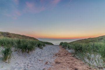 Texel, niederländische Küste des Sonnenuntergangs von Robert Van den Bragt