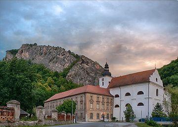Monastère de Saint-Jean sous la falaise sur Christa Thieme-Krus