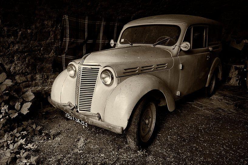 Oude Renault Dauphinoise van Halma Fotografie
