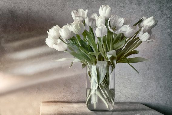 Wit boeket tulpen van Ellen Driesse