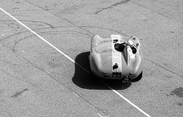 The old Ferrari (vintage)
