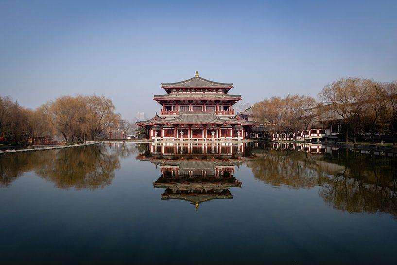 Traditionele Chinese tempel in Xi'an van Thijs van den Broek