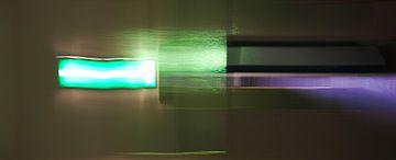 Groen-Paars abstract von Martijn van Huffelen