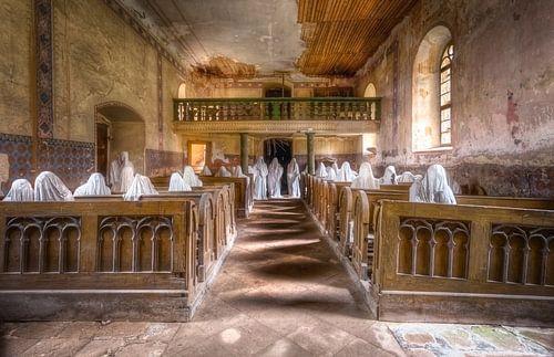 Church with Plaster Ghosts von Roman Robroek