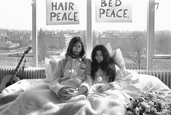 Protest John Lennon en Yoko Ono in bed van