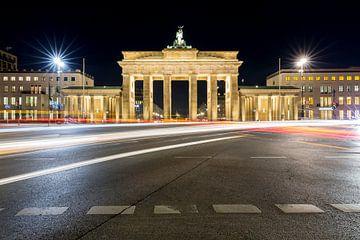 Brandenburger Tor bei Nacht von Frank Herrmann