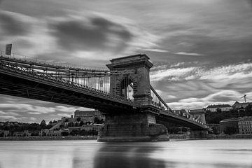 Die Kettenbrücke in Budapest von Sem Wijnhoven