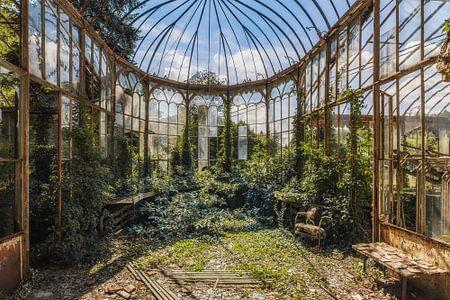 Verfallener Wintergarten (Gartenhaus) von Wim van de Water
