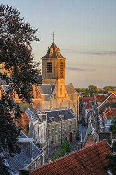 Zicht op de Nieuwstraat  in Leiden van Dirk van Egmond