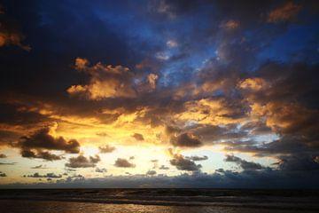 Kleuren boven zee von Ed van Wageningen