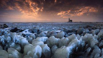 Winter bij het Paard van Marken. van Sven Broeckx