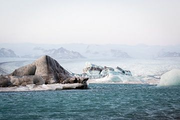 Onwerkelijk ijslandschap van Marcel Alsemgeest